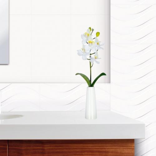 Ambiente banheiro revestimentos 32001 Classic Bianco e 3260 Monch White