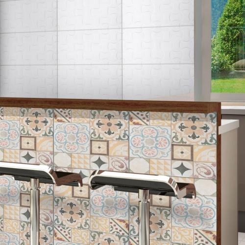 Ambiente cozinha piso 56045 Patchwork Marfil Acetinado e revestimento 32120 Miracoli