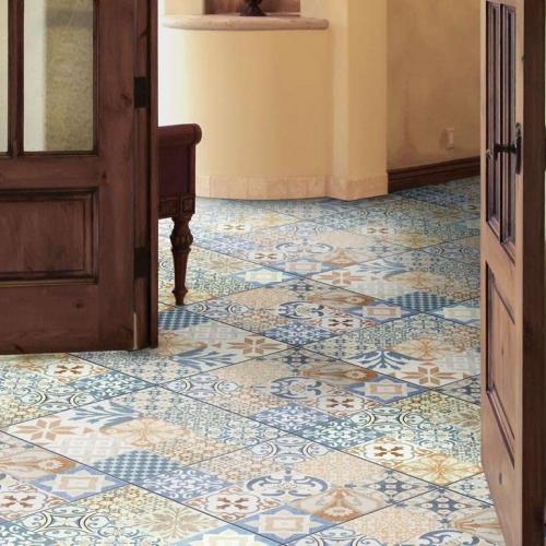 Ambiente cozinha rústica piso 56018 Patchwork Floor Brilho